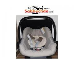 Maxi cosi carrier/ carseat with the base For Sale