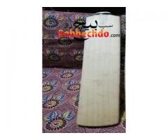 Cricket bat in good condition For Sale