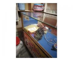 Shop Counter Made of Glass and Limination wood